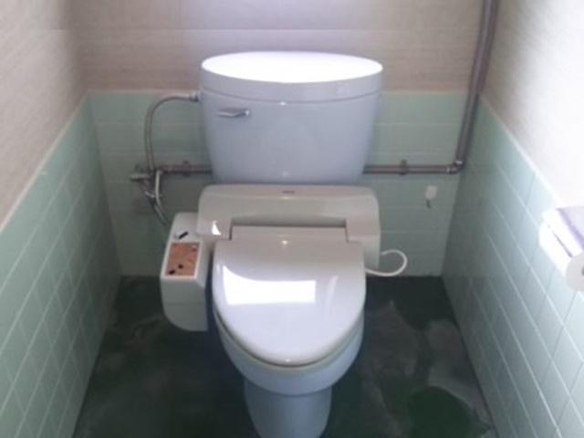 KOHLE社製トイレ