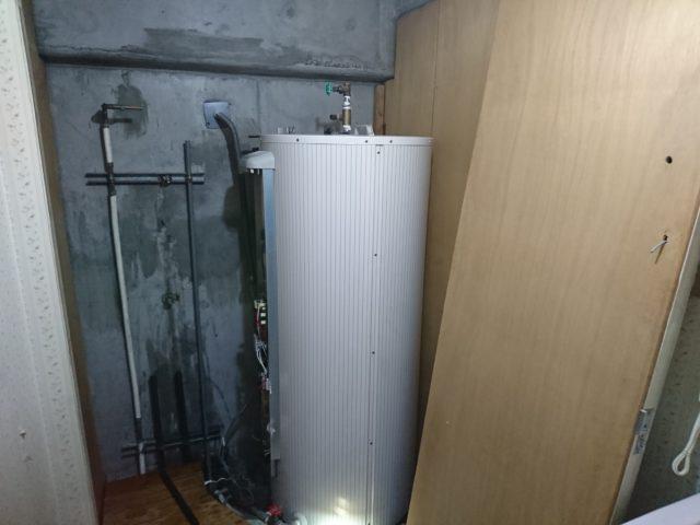 電気温水器撤去前