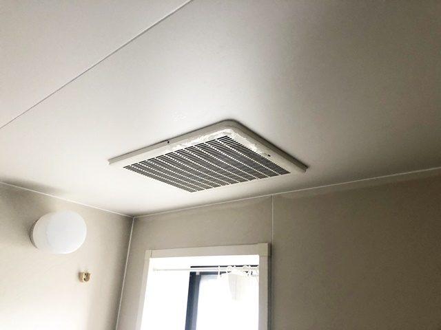 既設の浴室暖房乾燥機