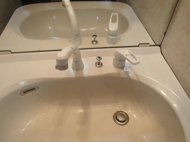 名古屋市中川区西中島 KVK 洗面シャワー水栓取替工事