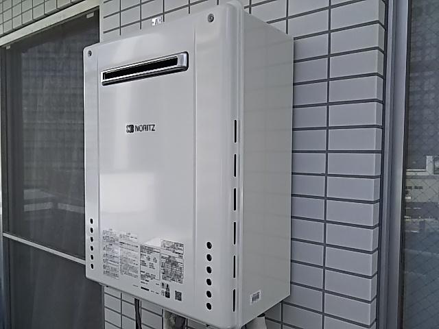東京都新宿区ガス給湯器取替工事(ノーリツSRT-2460SAWX-1BL)