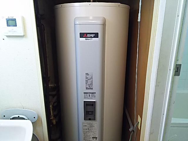 千葉県習志野市電気温水器交換工事(三菱SRG-375G)